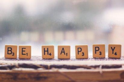 be_happy_by_sceneyme-d5sj540